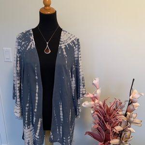 American Eagle outfitters kimono size M